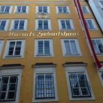 Mozarts Geburtshaus Fassade ?
